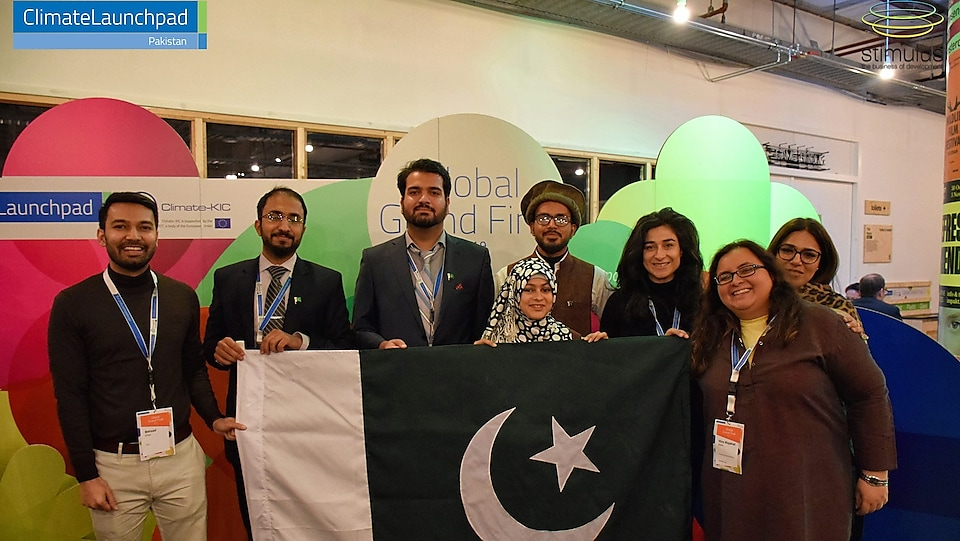 Team Pakistan at ClimateLaunchpad Global Grand Final with Behzad Khan - Global Commercial Social Cause Advisor at Shell